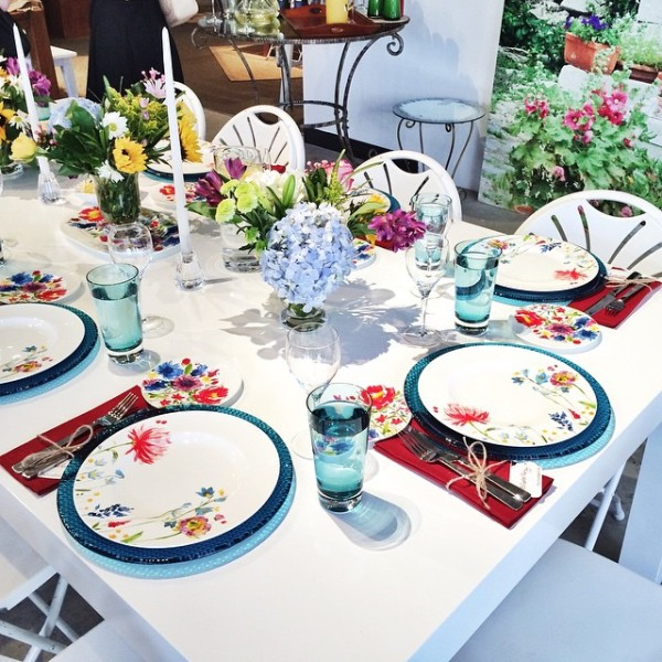 the most gorgeous garden party brunch hosted by @fashionablehostess at…