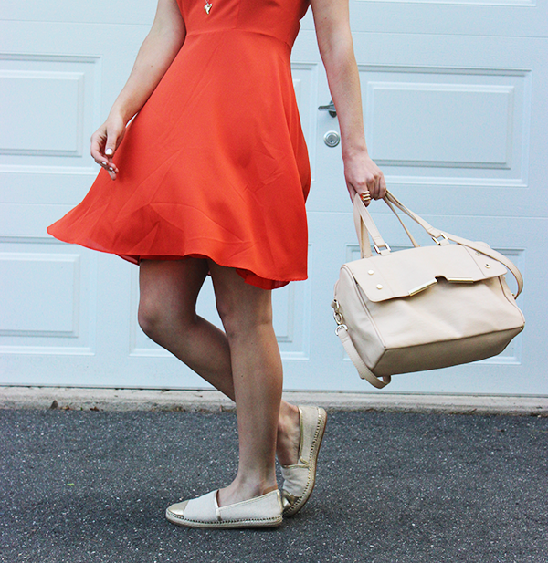 Flirty Dress Neutral Accessories