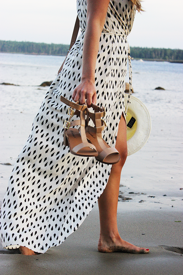 Beach Style Walking