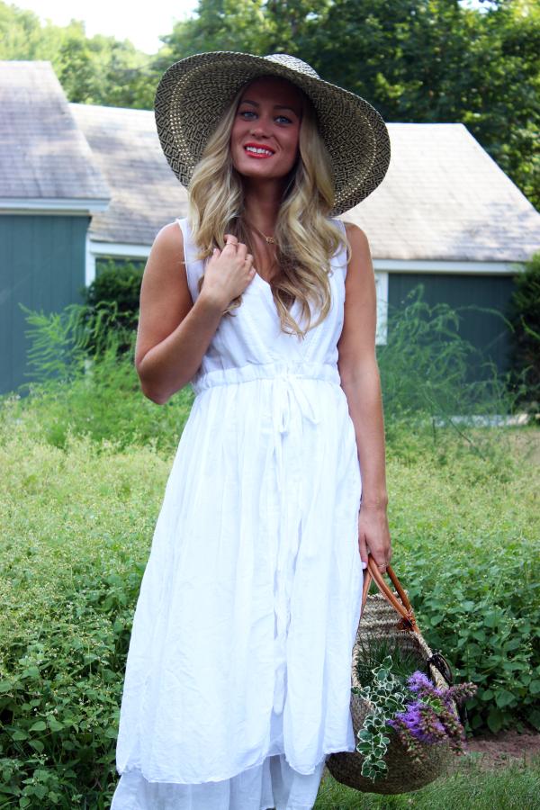Loose White Summer Dress