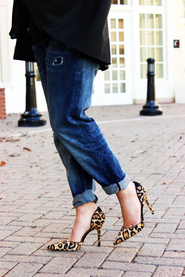 32e5c2263a3d58 Cape with Boyfriend Jeans Black Cape Leopard Heels ...