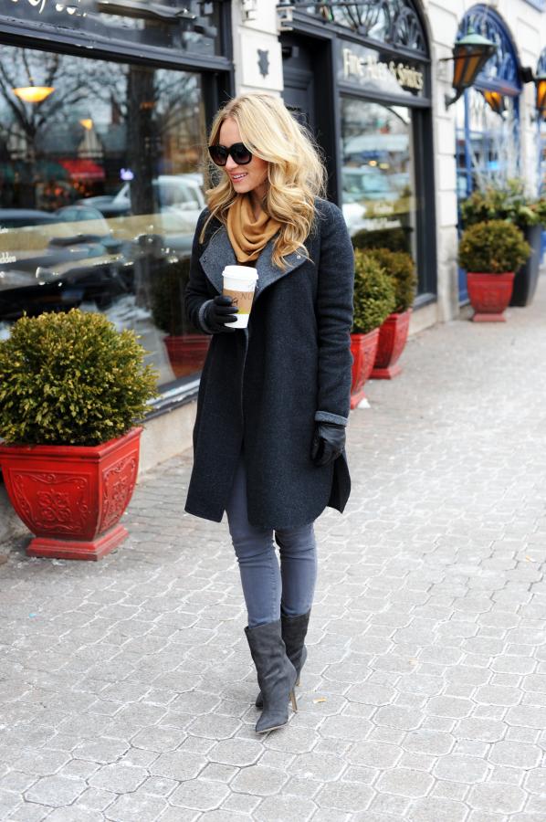 Blogger Gray Coat Winter Style
