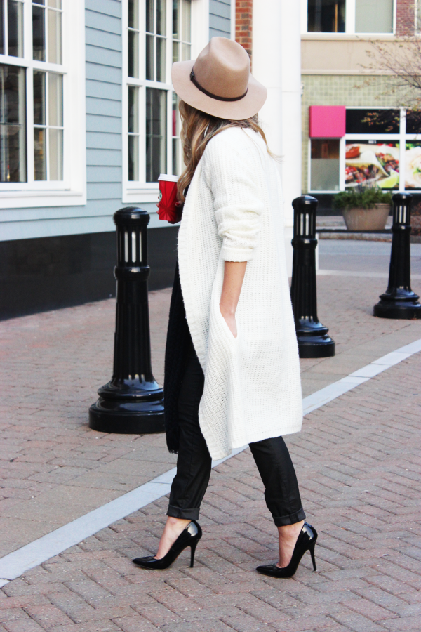 Long Cream Cardigan Black Pumps