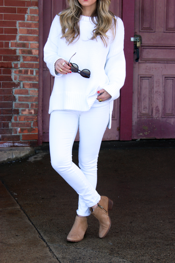 White Knit Sweater Cognac Bootie
