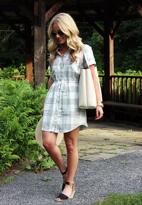 Plaid Dress with Tie