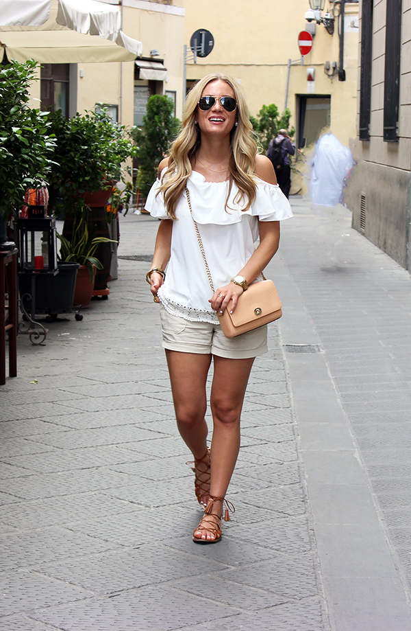 Ruffle-Top-with-Shorts