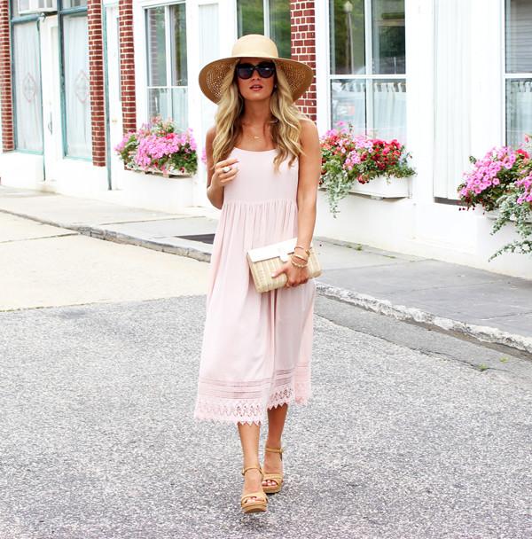 Dress-with-Floppy-Hat