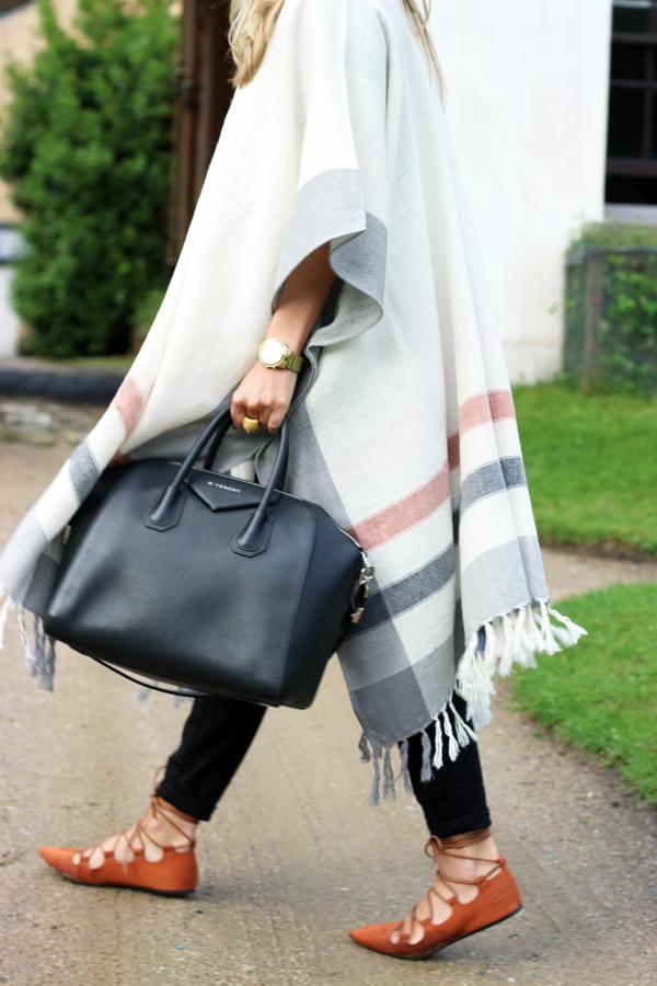 Givenchy-Antigona-Tote