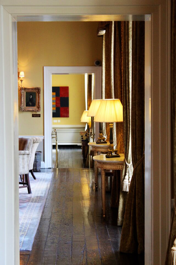 Merrion-Hotel-Art-Tour