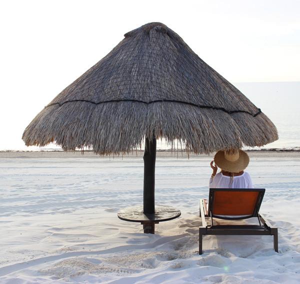 Grass-Beach-Hut
