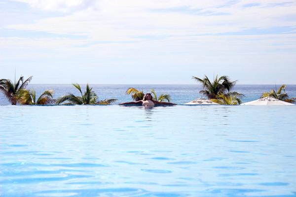 La-Blanca-Infinity-Pool