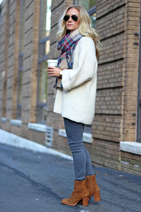 Oversized-Cream-Sweater
