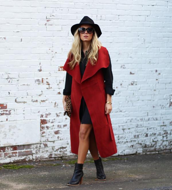 Red-Vest-Black-Dress
