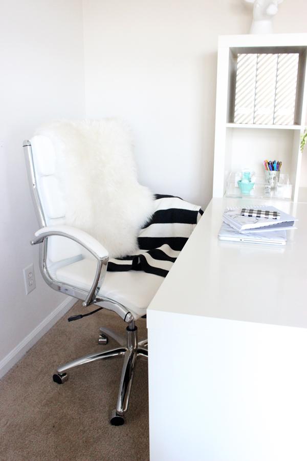 White-Desk-Chair