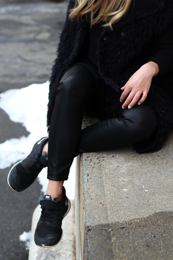 Faux-Leather-Leggings