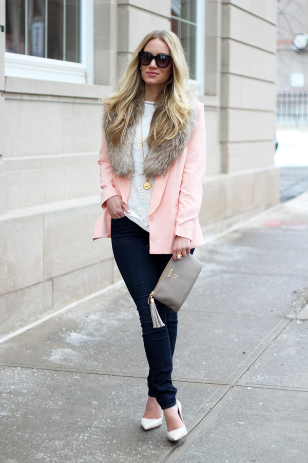 Pink-Blazer