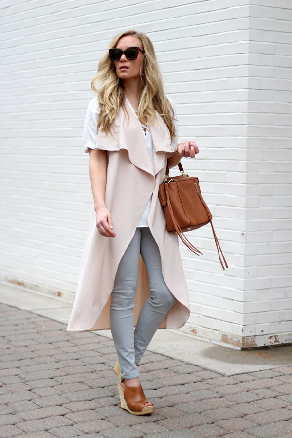 Nude-Vest-White-Lace-Top-Gray-Denim