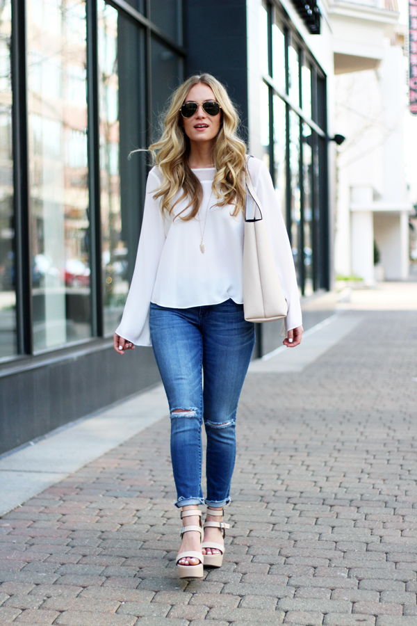 Blogger-Style-Bell-Sleeve-Shirt-Madewell-Jeans