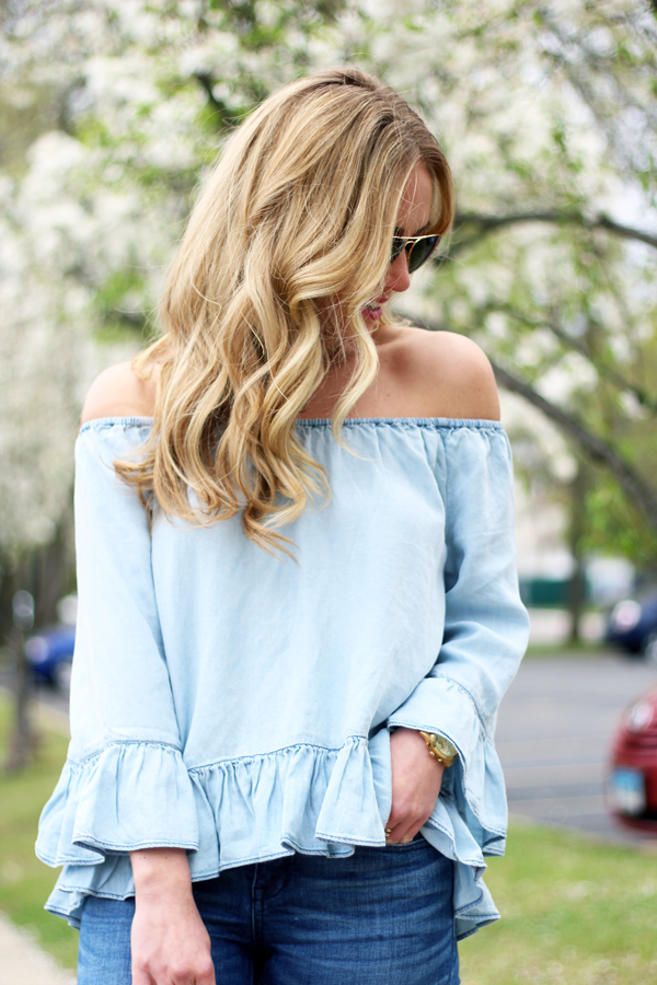 Off-Shoulder-Ruffle-Chambray-Top
