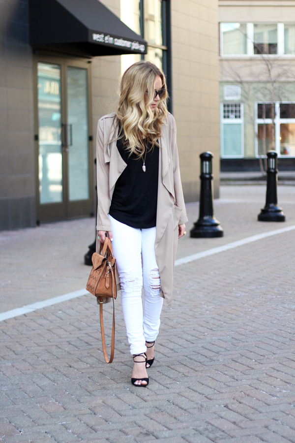 Ripped-White-Skinny-Jeans-