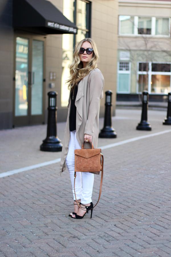Tan-Handbag-Black-Lace-Up-Heels