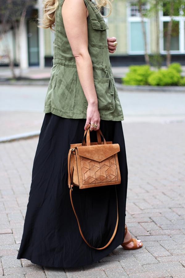 Tan-Satchel-Green-Utility-Vest
