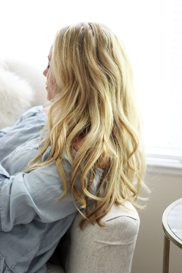 Blonde-Hair-Beachy-Waves-Pantene-Summer-Hair-Care-Tips