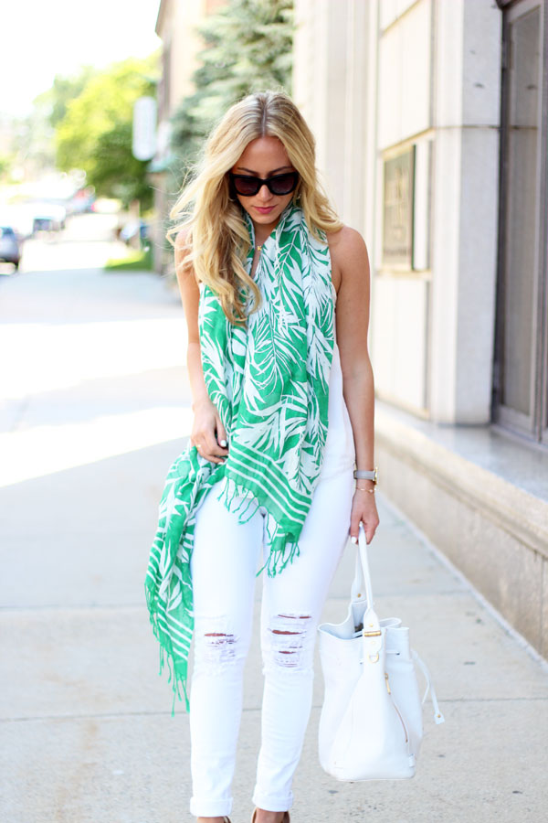 Whtie-Bucket-Bag-White-Tank-White-Ripped-Jeans-Palm-Print-Scarf