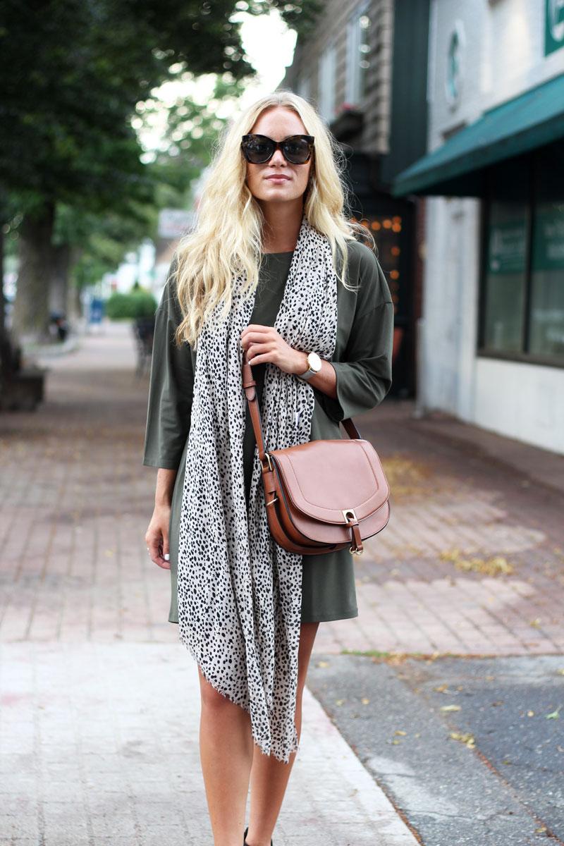 Dolman-Sleeve-Dress-Leopard-Print-Scarf