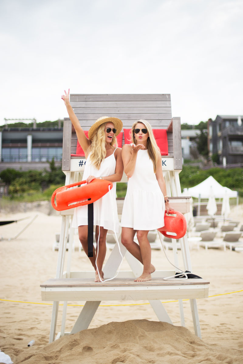 Lifeguard-Girls-Bloggers-in-Hamptons-Styled-Snapshots