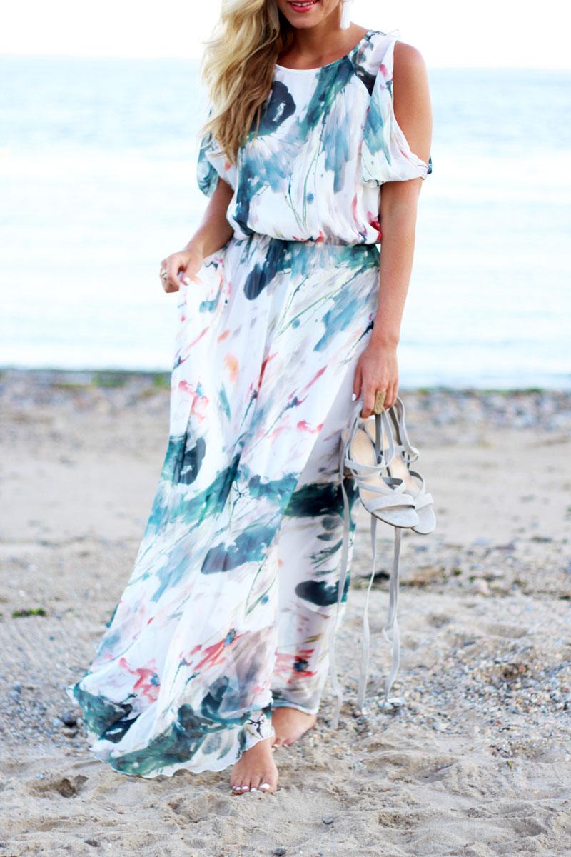 Watercolor-Print-Maxi-Dress-Beach-Summery