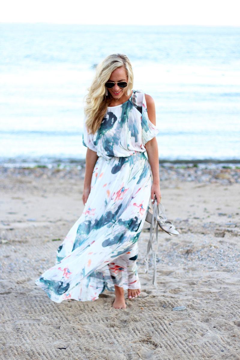 Watercolor-Printed-Maxi-Dress-Blogger