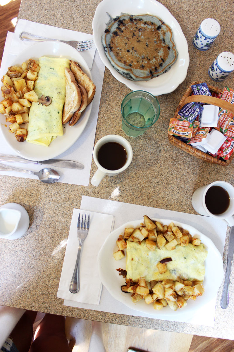 all-day-breakfast-kennebunkport-maine