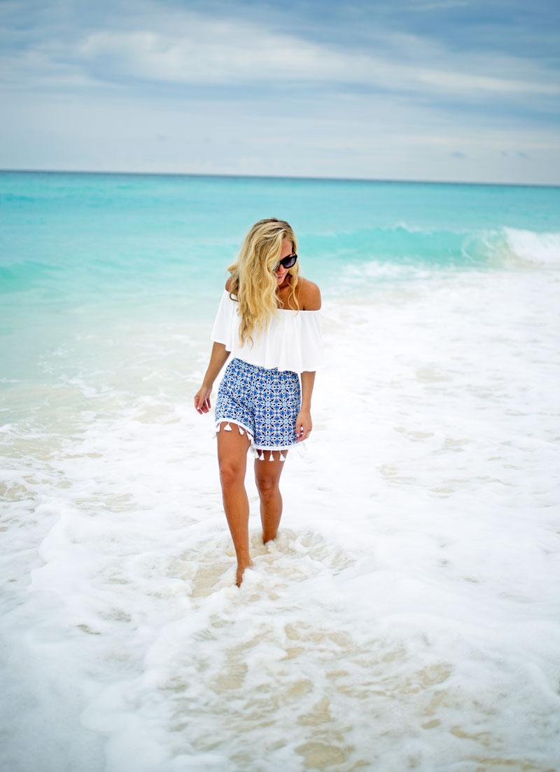 boohoo-tassel-shorts-ritz-carlton-cancun-travel-diary-resort-outfit-style-cusp