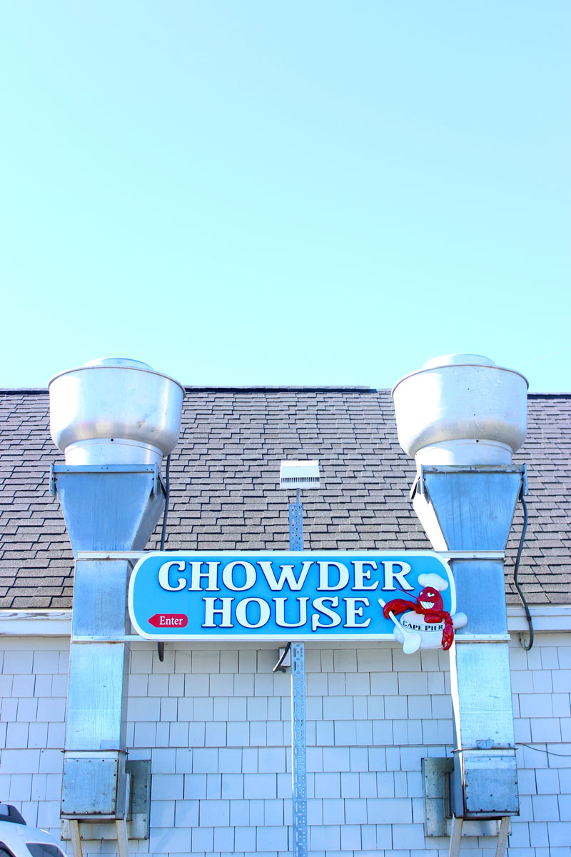 chowder-house-kennebunkport-maine-lobster