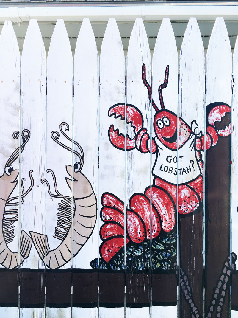 got-lobstah-chowder-house-sign-kennebunkport-maine