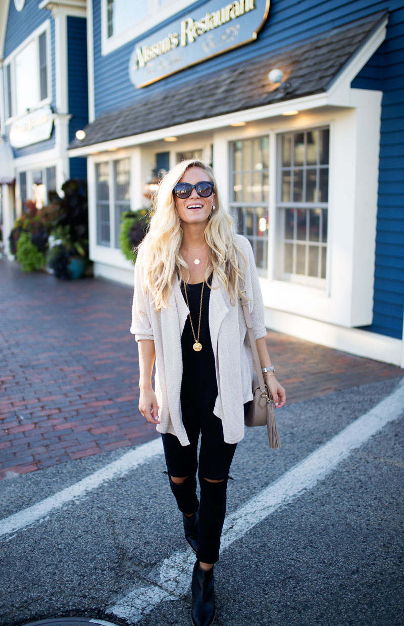 madewell-cardigan-julie-vos-necklace-black-distressed-jeans