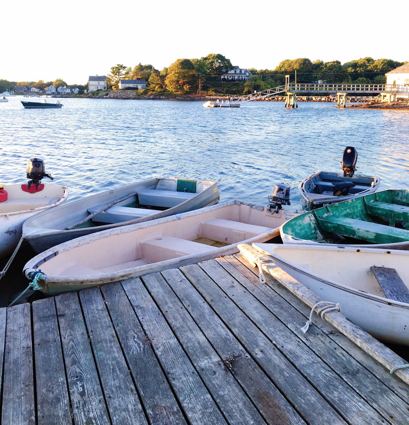 pier-77-kennebunkport-maine-lobster-dingy-boats