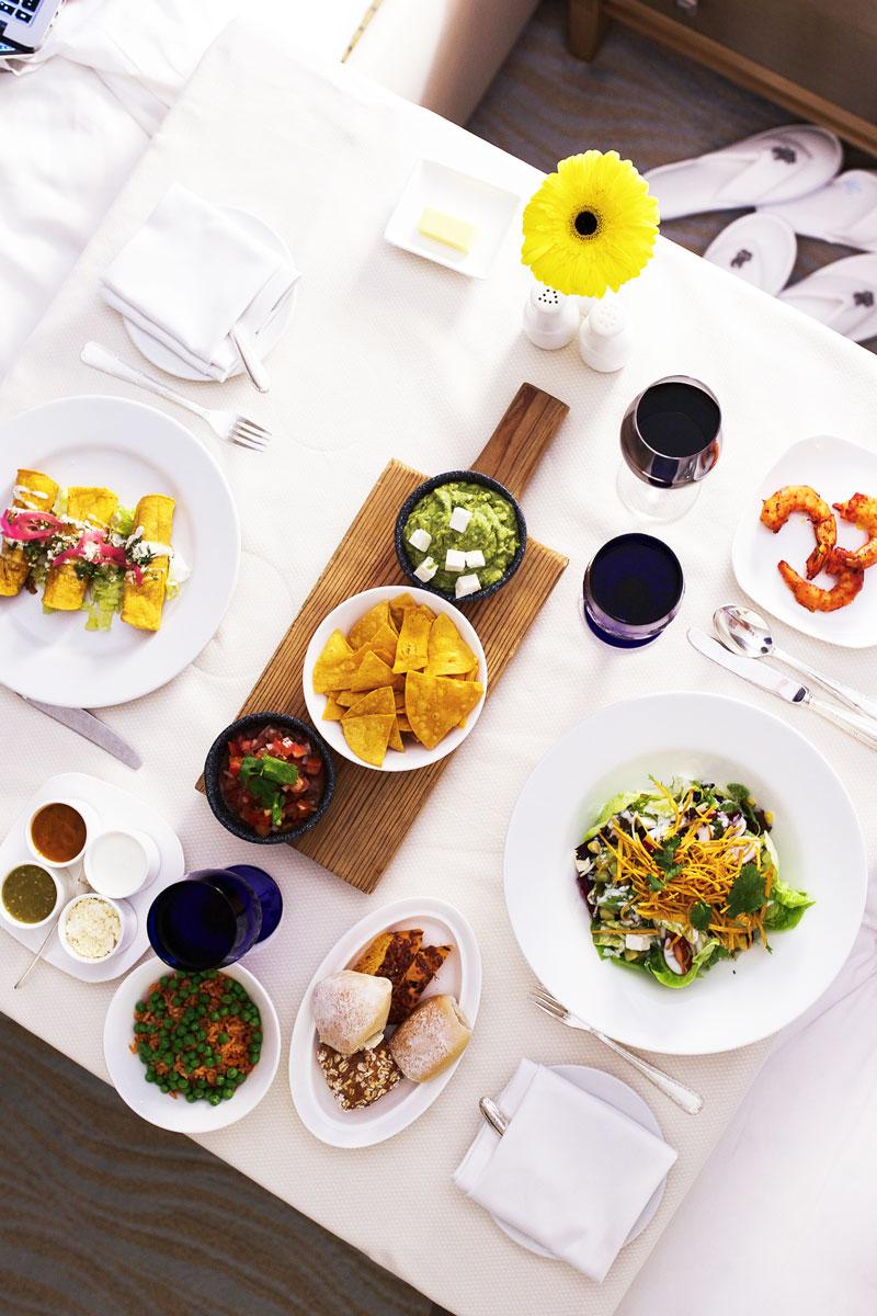 Ritz-Carlton-Cancun-Room-Service