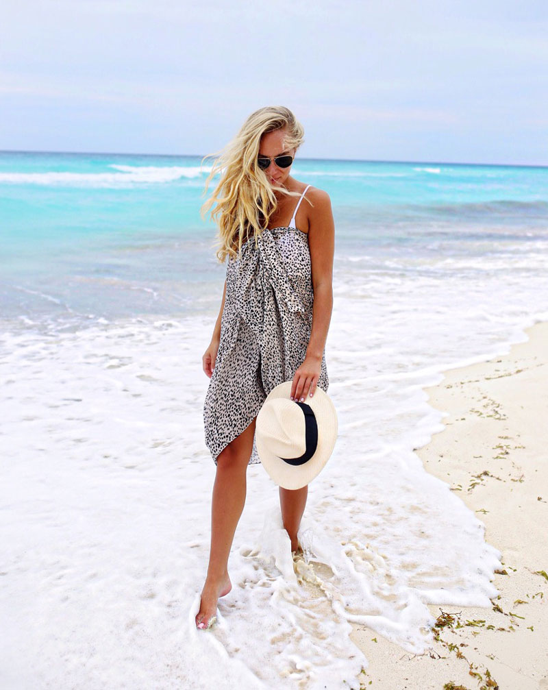 Style-Cusp-Cancun-Travel-Diary-Sole-Society-Leopard-Scarf