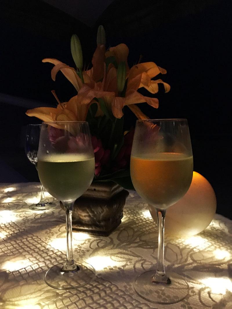 Wine-Glasses-Dinner-Cancun-Ritz-Carlton