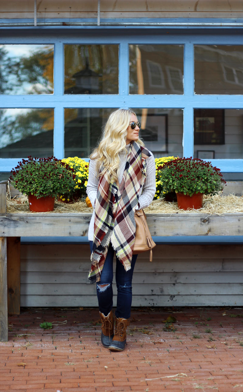 style-cusp-fall-style-blanket-scarf-turtleneck-sweater
