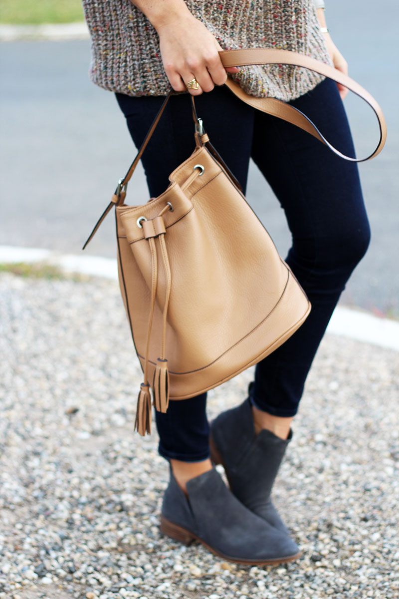 tan-bucket-bag