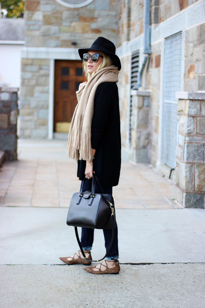 black-sweater-leopard-pointed-flats-free-people-scarf