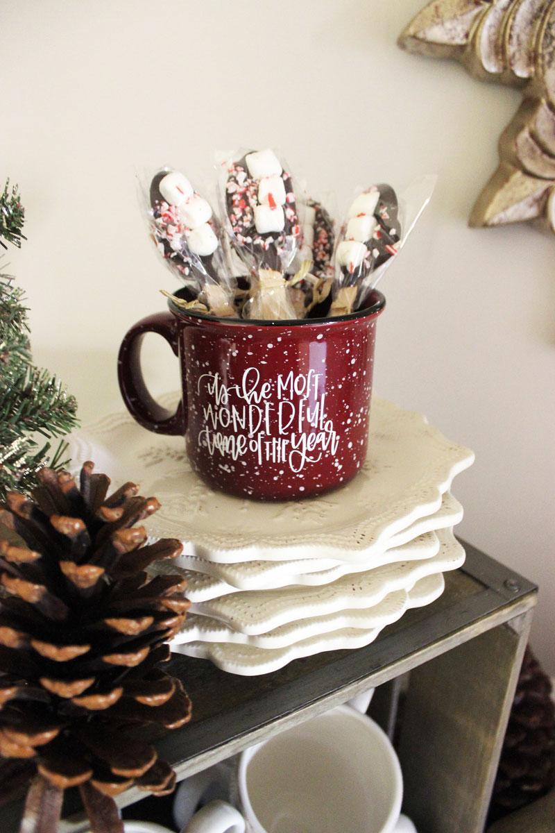chalkfull-of-love-holiday-mug-hot-chocolate-bar