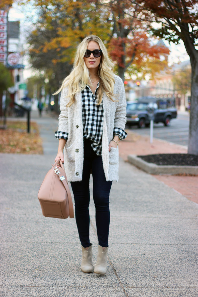 classy-way-to-wear-plaid-thanksgiving-fall-style