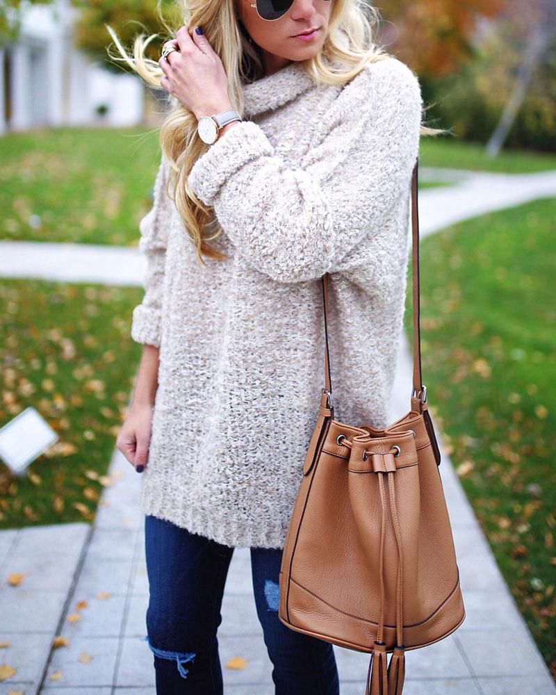 free-people-cunky-knit-turtleneck-sweater-cognac-bucket-bag