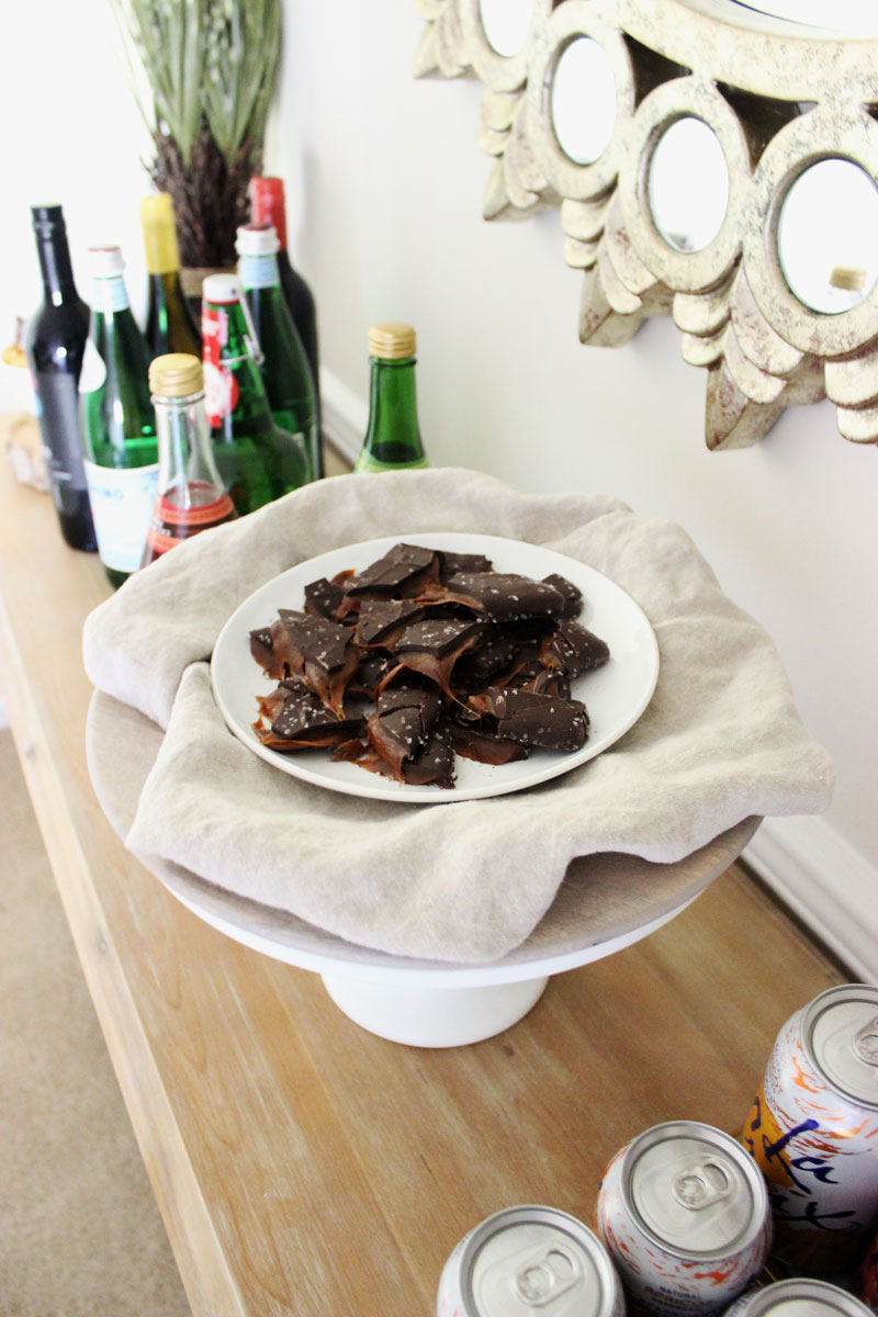 salted-caramel-bark-thanksgiving-sweet-treats
