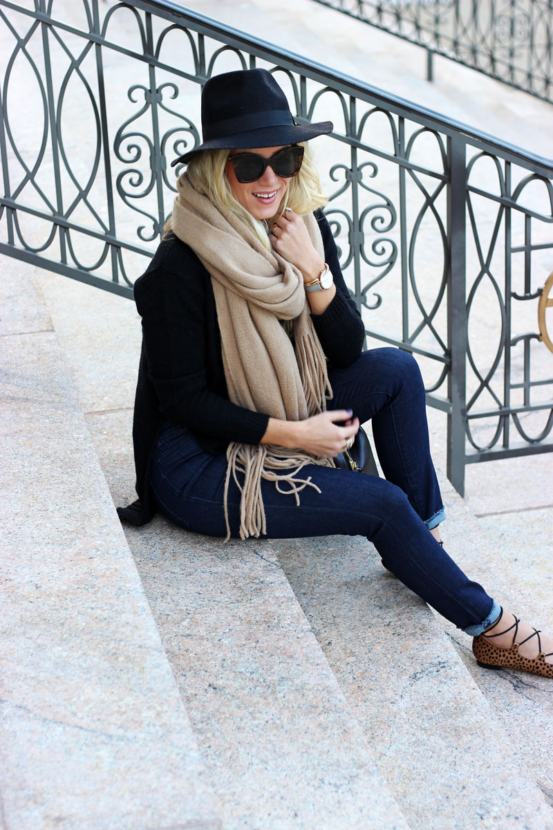 style-cusp-fall-style-free-people-scarf-black-felt-fedora-leopard-lace-up-flats