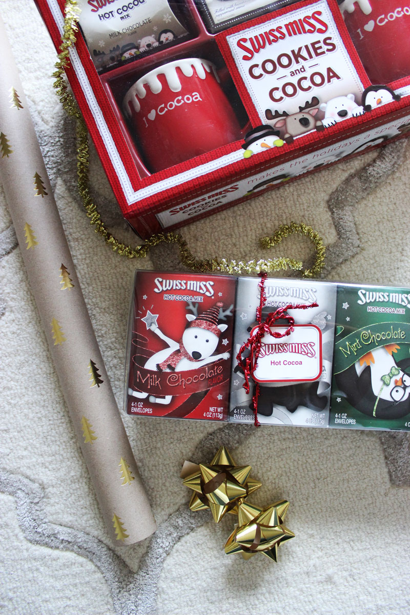 christmas-grab-bag-gifts-holiday-gift-swap-hot-cocoa - Style Cusp